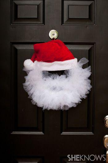 DIY tulle santa wreath