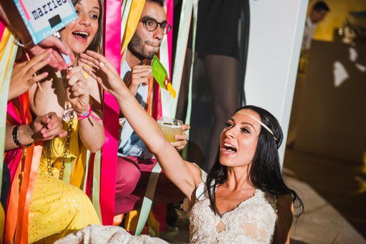 'WE DO' bride photobooth friends memories | lafete