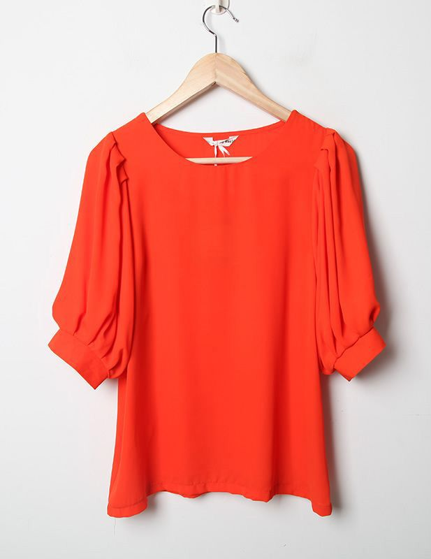 Candy Color Round Neck Short Sleeve Orange Loose Chiffon Shirt >> This top is perfect for traveling! Love the cute sleeve! $33