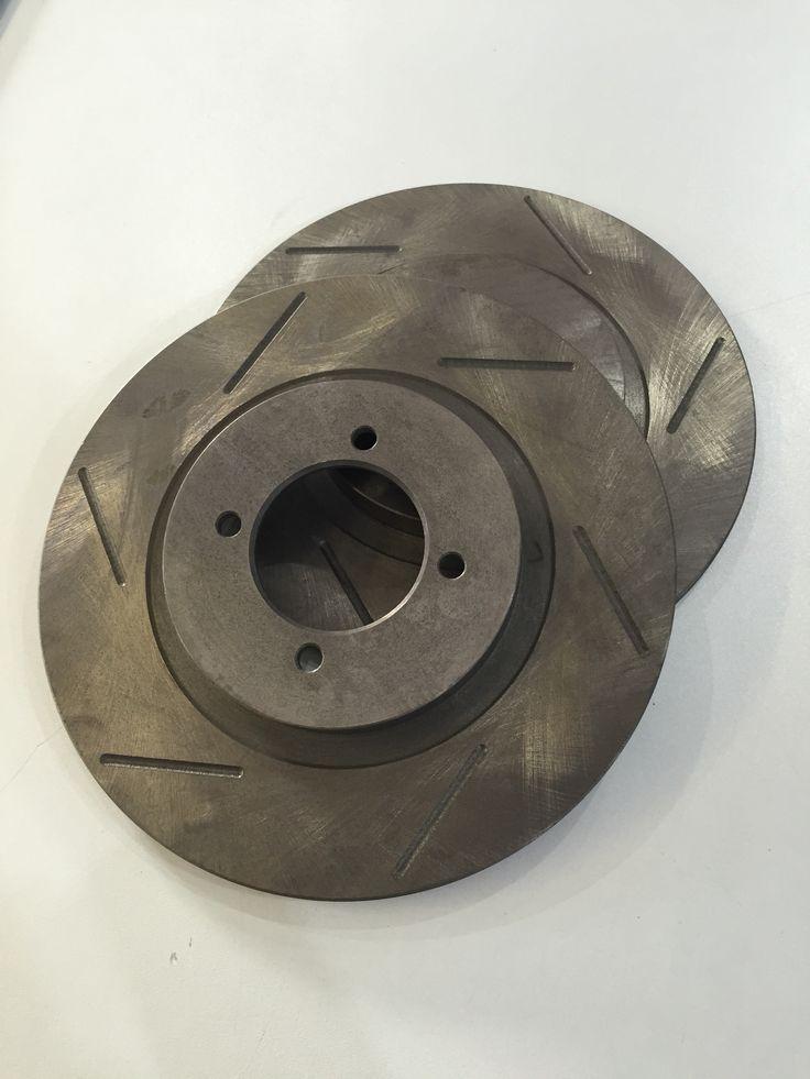 Custom made grooved front brake discs