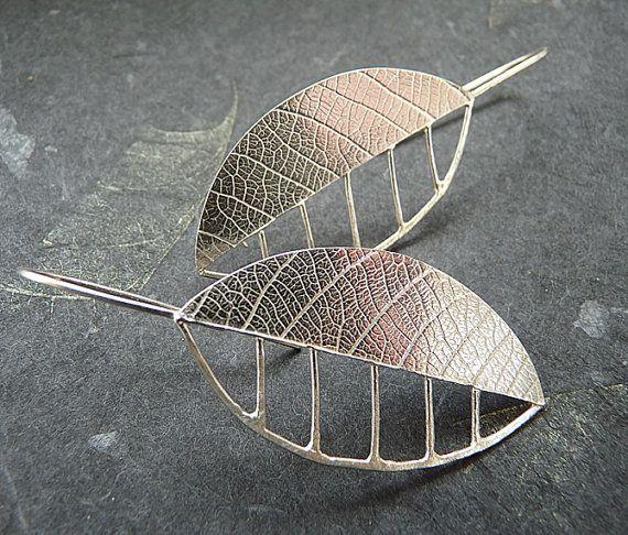 Sterling Silver Leaf Earrings LE7 por Kailajewellery en Etsy, £49.00