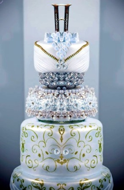 Elegant Wedding Cake www.tablescapesbydesign.com https://www.facebook.com/pages/Tablescapes-By-Design/129811416695