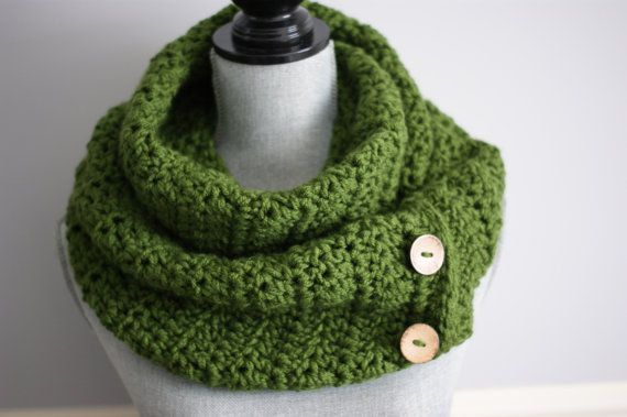 Crochet snood Crochet cowl Green scarf Knit by KnittingMade4you