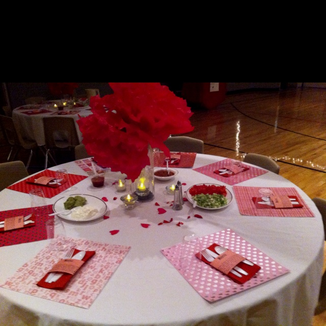 22 Best Images About Valentines Tables On Pinterest