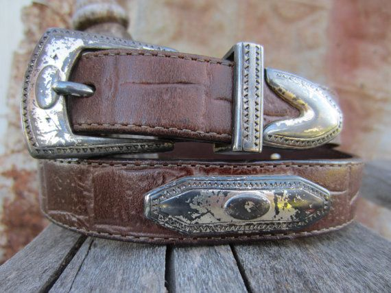 1990 Brighton Concho Western Belt, 28-33 in, 73-84 cm // 90s Brown Leather Cowgirl Belt