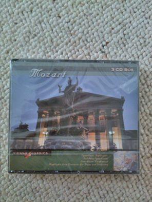 MOZART - box met 3 cd's          ( nog in verpakking!!)