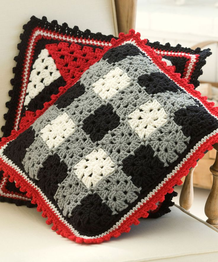 Plaid Pillow Free Crochet Pattern from Red Heart Yarns