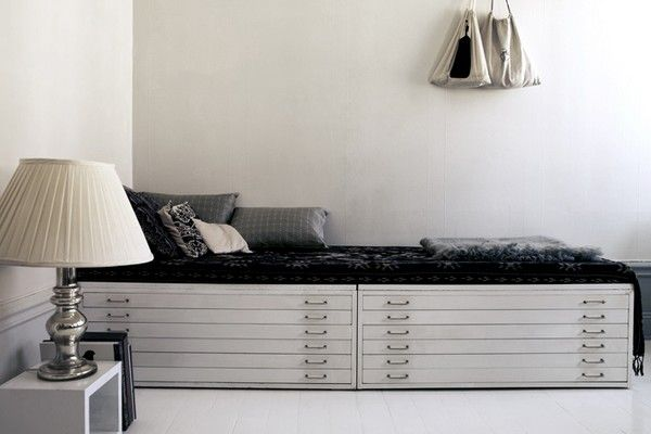 Lateral files turned bench. Multi-purpose furniture.