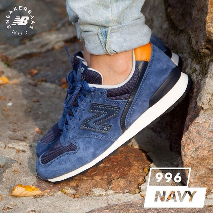 #nb #newbalance #newbalance996 #sneakerbaas #baasbovenbaas  New Balance 996 Navy- This New Balance is a solid choice for you! A suede, blue upper and the well-known 'NB'-logo perfectly fits the decent shape of the 996  Now online available | Priced at 109.99 EU | Wmns Sizes 36 - 41 EU