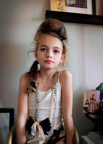 Models Under 21: Underage Models Scantily Clad....definate No
