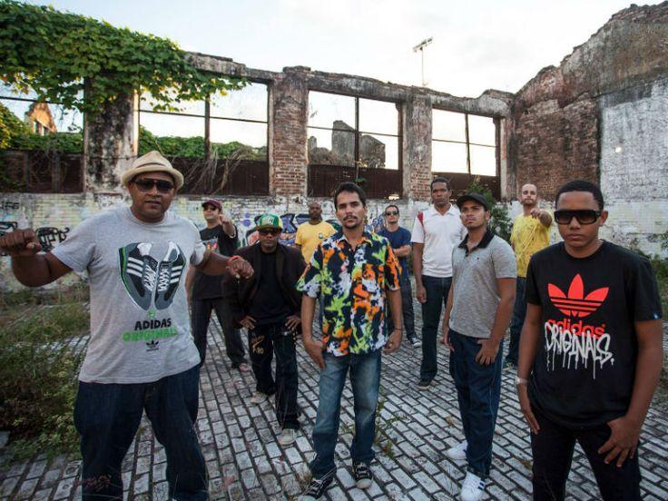 """O Sesc Pompeia recebe, no mês de julho, nas terças, 23 e 30, sempre às 21h, os shows de Danilo Ghilerme (CE) e Combo X (PE) como parte da programação da """"Prata da Casa""""."""