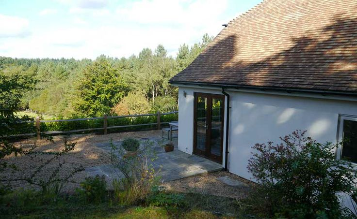 nice cottage in west sussex downs: http://www.selfcateringinsussex.co.uk