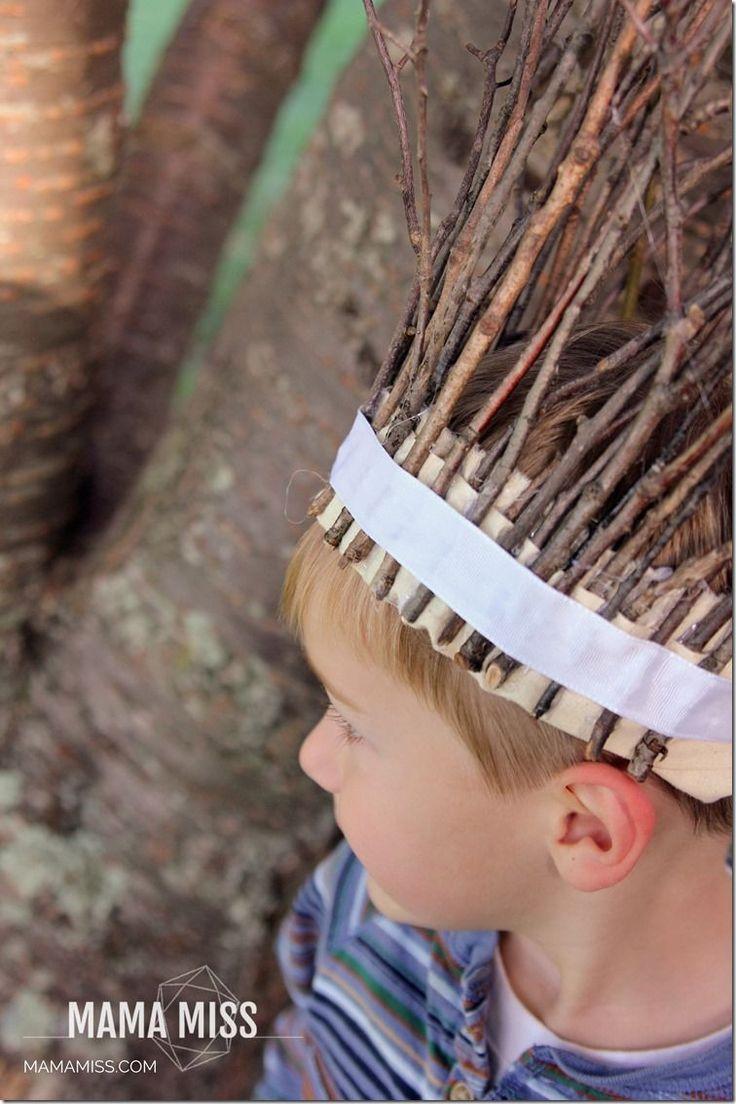 Fancy Stick Crown - crafty follow up to Julia Donaldson's Stick Man book | @mamamissblog #juliadonaldson #stickman