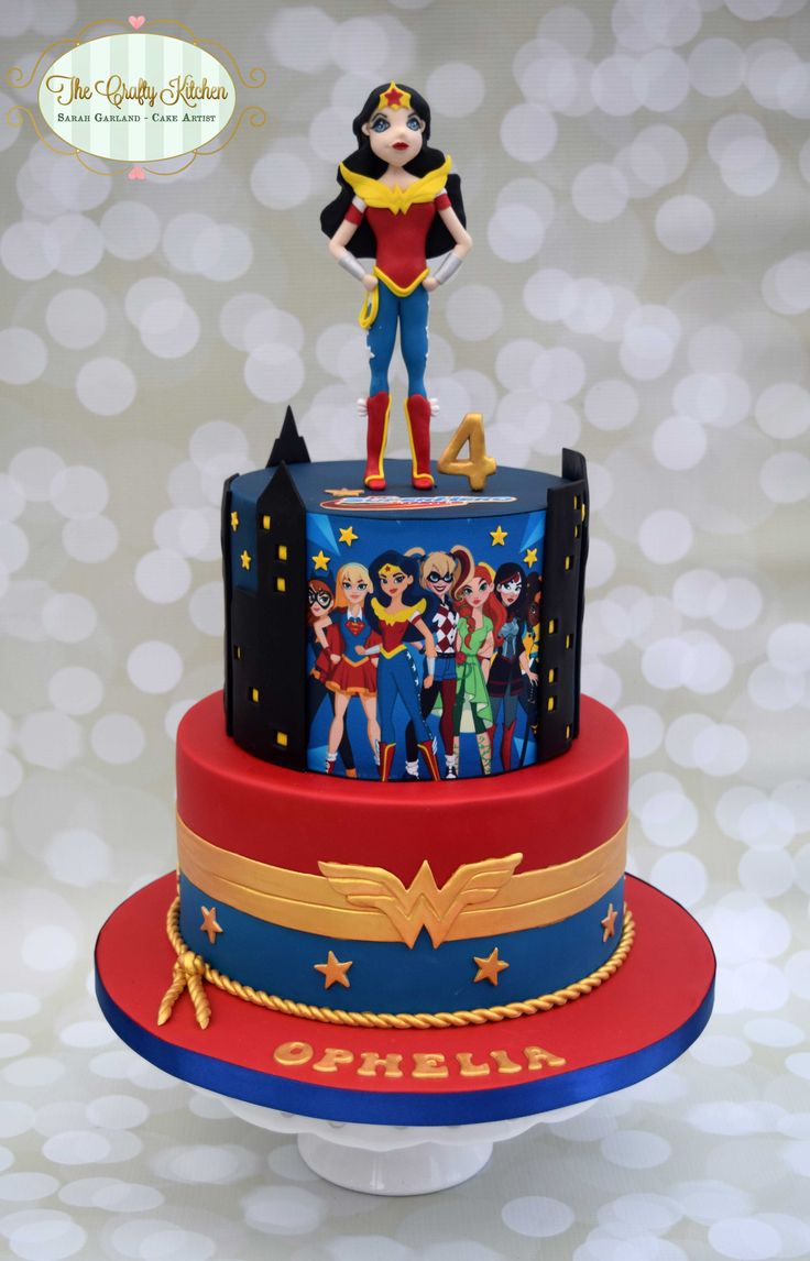 DC Superhero Girls Cake wonder woman
