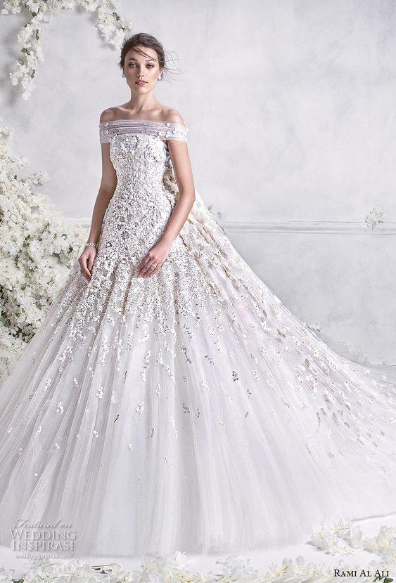 aea71b178 Vestidos de novia ampones con encaje