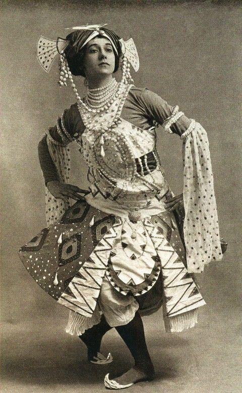 "lifepornography: "" Tamara Karsavina in Le Dieu Bleu, choreographed by Michel Fokine, costume by Leon Bakst (1912) """