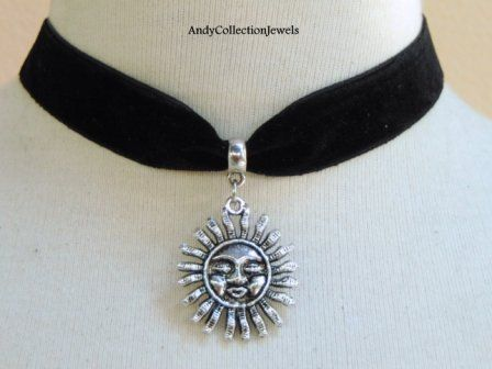 Compelling Halloween Women Velvet Choker with Silver tone Sun Charm