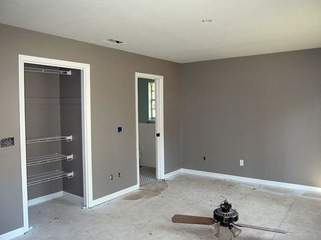 Behr Fashion Gray. Seriously in love with this color. Using in both bathrooms.