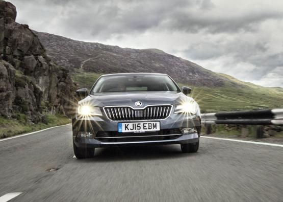 Skoda Superb Hatchback 2015 - First Drive