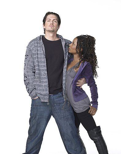 Still of Steve Howey and Shanola Hampton in Shameless