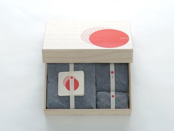 和える本藍染の出産祝いセット桐箱