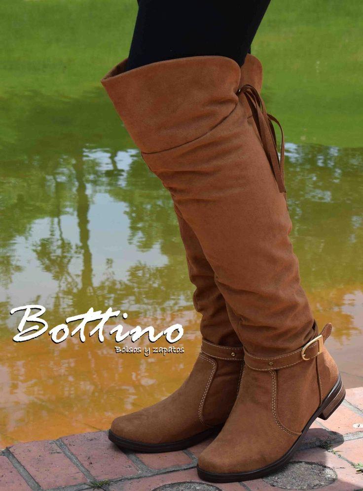 ¡Para las mujeres que tanto quieres! Botas extra largas www.bottino.com.co/botas #botas #mujer #líneafemenina #zapatos #compracolombiano #YoUsoBottino #Colombia