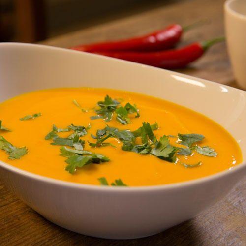 Kürbissuppe mit Kokosmilch (Low Carb Suppe)