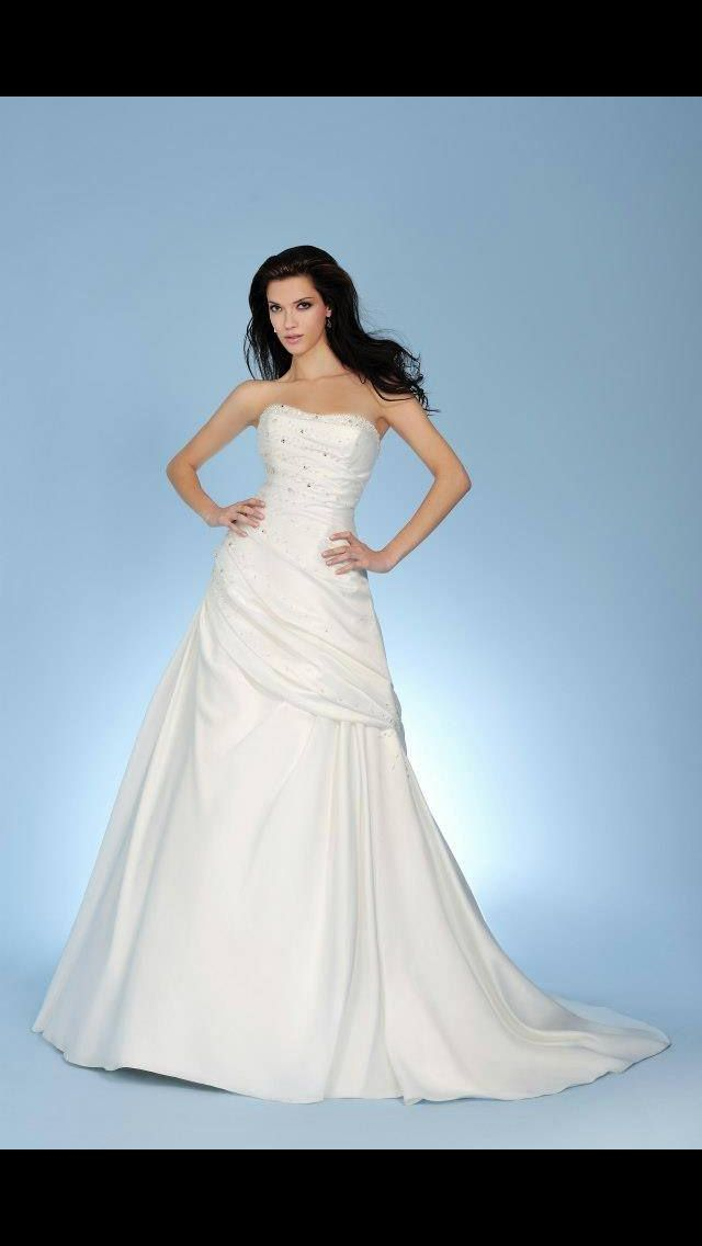 The 35 best Wedding dress images on Pinterest | Wedding frocks ...