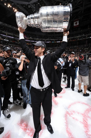 06/11/2012 - Los Angeles Kings - Luc Robitaille with the Cup