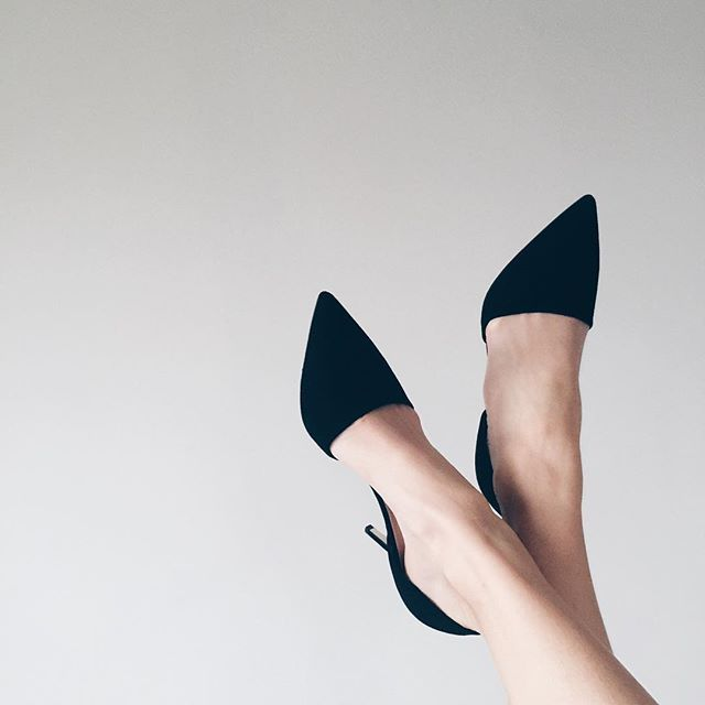 MINIMAL + CLASSIC: J.Crew heels #shinyponies #jcrewcontest