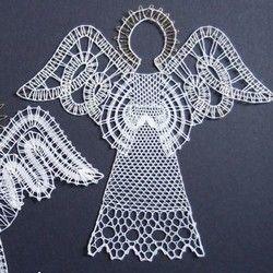 Toto jsou jedni z prvních andělů, které jsem navrhla a upaličkovala.