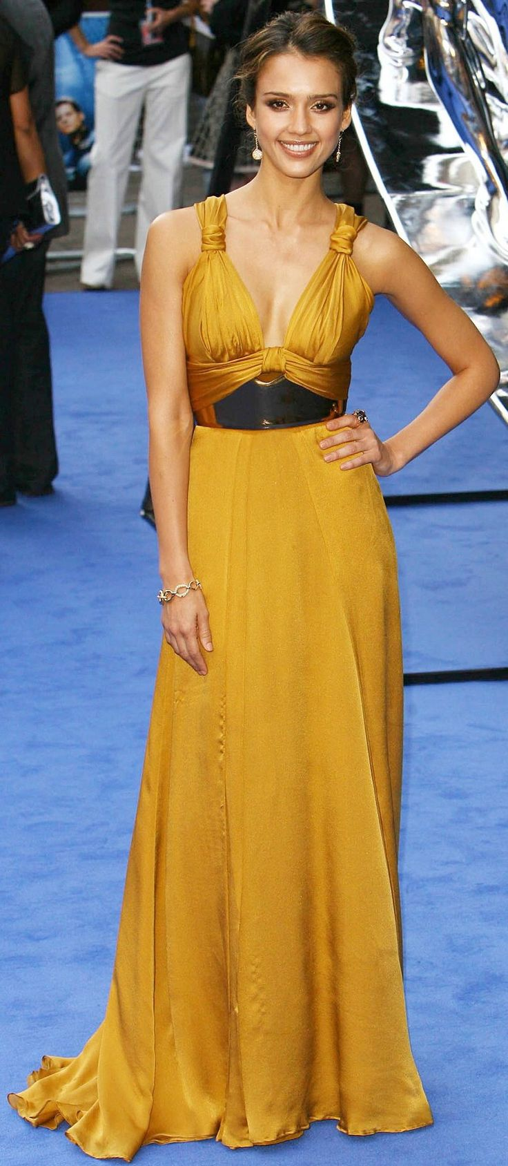 "Jessica Alba in Gucci (2007 London premiere of ""Fantastic Four: Rise Of The Silver Surfer"")"