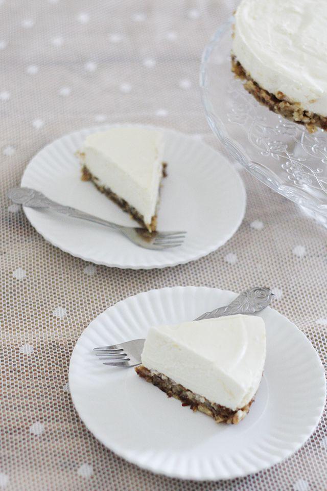 Healthy lemon cheesecake: recept voor een gezonde taart, volgens principes van de voedselzandloper.