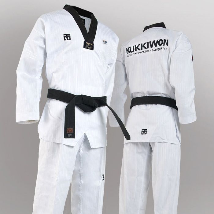 108.80$  Buy now - http://alih3n.worldwells.pw/go.php?t=32788037183 - Authentic MOOTO BASIC4 Kukkiwon taekwondo coach service official version of normal service master high quality taekwondo dobok