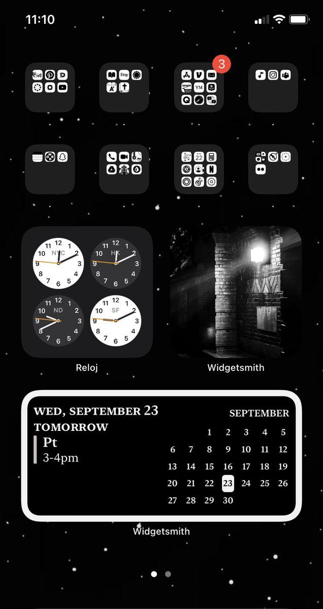 Monochromatic Ios14 Home Screen Homescreen Iphone Home Screen Layout Black App Aesthetic iphone home screen black
