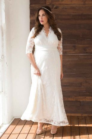 c0079ca1ae2 Amour Lace Plus Size Wedding Gown