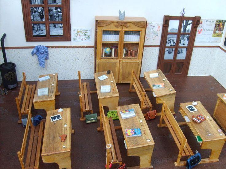 vitrine miniature l 39 ecole les passions de florie vitrines miniatures pinterest. Black Bedroom Furniture Sets. Home Design Ideas
