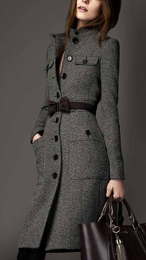 Burberry Wool Full Skirt Coat... Wrong season to pin this for, but this is one hot coat!