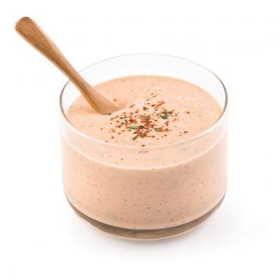 Une sauce à fondue classique aussi délicieuse avec les viandes qu'avec les légumes!