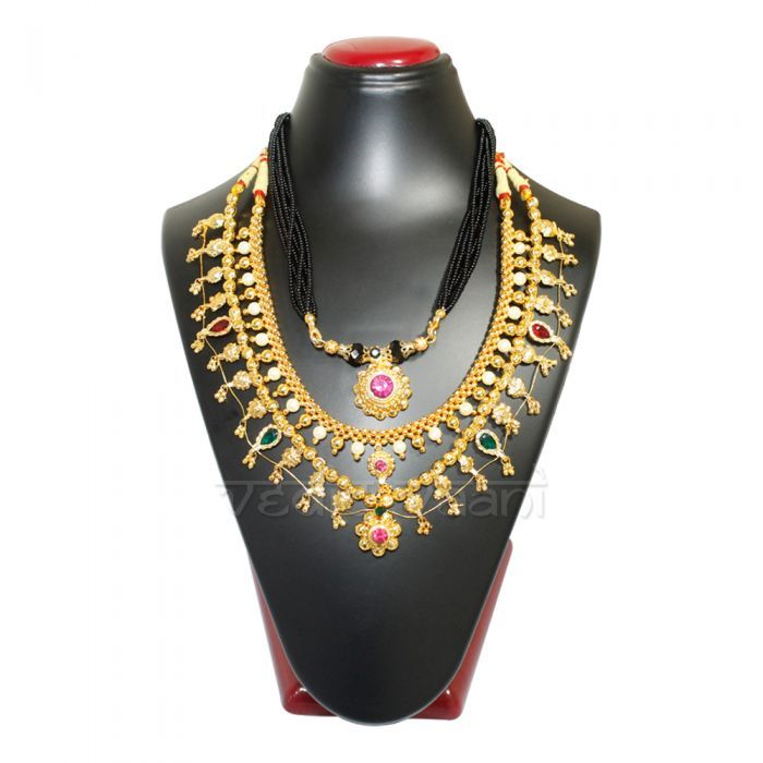 Vedicvaani Mahalakshmi Shringar Set fare rate at world wild from Vedicvaani.com. Traditional necklace for Goddess MahaLakshmi, gold resembling ornament made adjustable with special polish, excellent design with semi precious pearls, beads and gems.