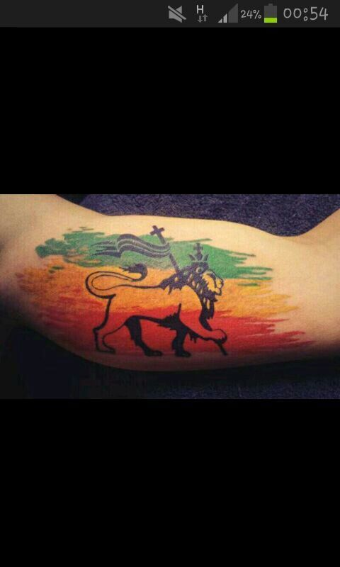 best 25 rasta tattoo ideas on pinterest lion tattoo small lion tattoo and lion forearm tattoos. Black Bedroom Furniture Sets. Home Design Ideas