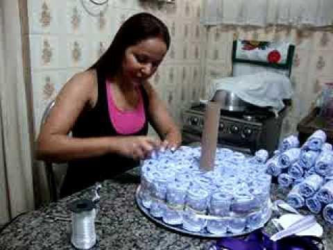 Como fazer um bolo de fraldas de 3 andares!