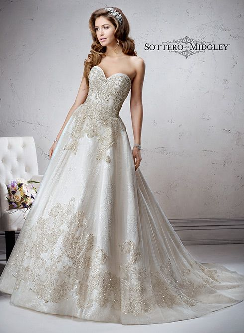Marcela - by Maggie Sottero