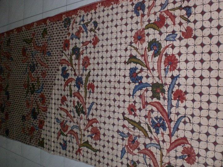 Handmade Batik from Garut, West Java, Indonesia (Kawung Buketan Pagi Sore)