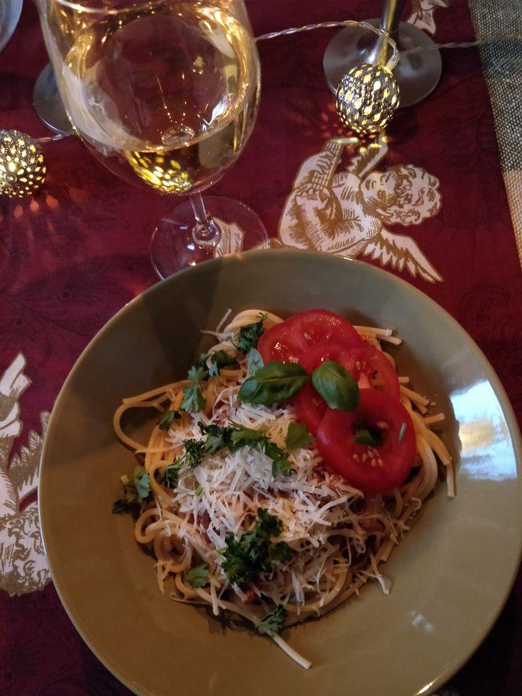 Loppiainen ja pastaa viinillä 🍝🍾