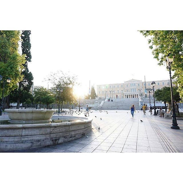 Hey Athens, you're beautiful. We totally agree with you @crackerjax!  #syntagma #athenscity #syntagmasquare #athensvibes #cityescape #electrahotels #electrametropolis #center