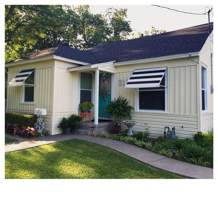 Different Exterior Home Styles: Three Different Styles Of New Mastic Vinyl Siding In