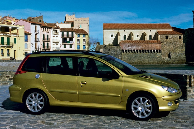 peugeot 206 sw station car estate wagon break kombi in gold versatile compact. Black Bedroom Furniture Sets. Home Design Ideas