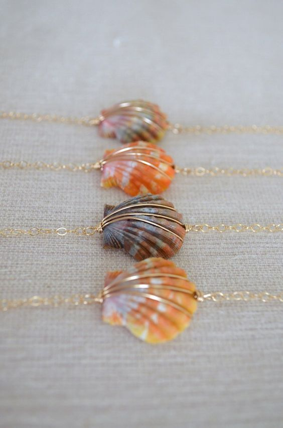 SALE -- Sunrise Shell Bracelet, Gold Filled Chain by sunlaces on Etsy https://www.etsy.com/listing/262815076/sale-sunrise-shell-bracelet-gold-filled