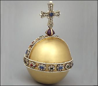 Made from unmarked gold and set with over 600 precious stones and pearls, the Sovereign's Orb weighs 1.32kg. It was made for Charles II's coronation in 1661. Great-Britain.